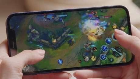 League of Legends: Wild Rift rodando no iPhone 12