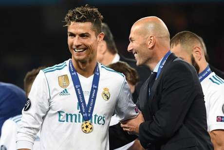 Zidane e Cristiano Ronaldo estiveram juntos no Real Madrid (Foto: Franck Fife / AFP)