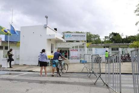 Ação de vândalos colocou em risco de morte 18 pacientes com covid na UPA Rodoviária, em Guarujá