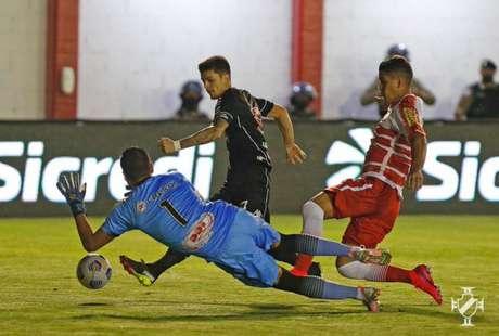 Gabriel Pec marcou o primeiro gol do Vasco na partida desta quarta-feira (Rafael Ribeiro/Vasco)