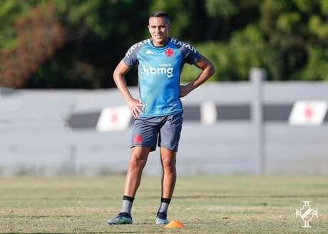 Léo Jabá jogou poucos minutos, mas participou de um bom lance no ataque vascaíno (Rafael Ribeiro/Vasco)