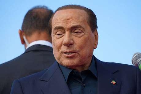 Silvio Berlusconi responde na Justiça por corrupção de testemunhas