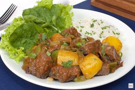 Carne de panela com mandioquinha 1.jpg
