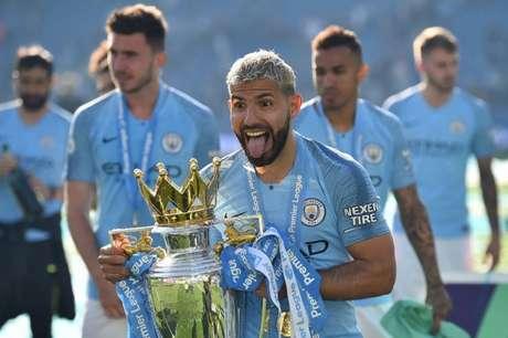 Aguero está de saída do Manchester City (Foto: GLYN KIRK / AFP)