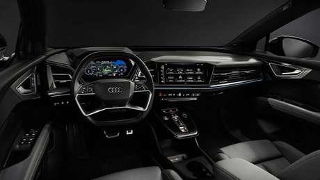 Interior do Audi Q4 e-tron foi revelado em março e traz design semelhante aos demais modelos da marca.