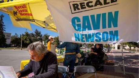 Os líderes da campanha para remover Newsom afirmam que pessoas de todas as tendências políticas assinaram sua petição