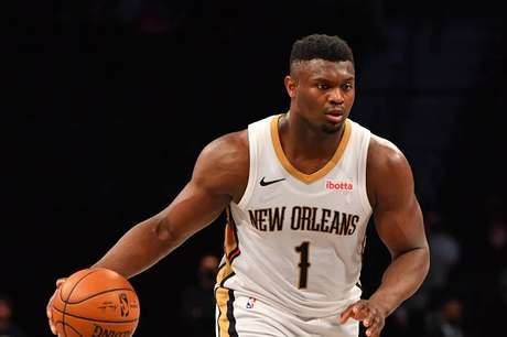 Zion Williamson, ala-pivô do Pelicans