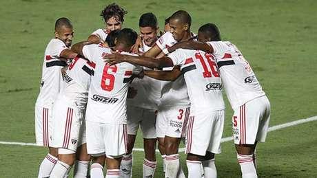 São Paulo fez uma grande partida e goleou o São Caetano (Foto: Reprodução/Twitter)