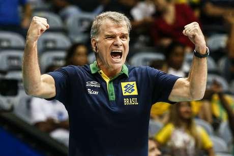 Bernardinho será o novo treinador da seleção francesa de vôlei após os Jogos de Tóquio.