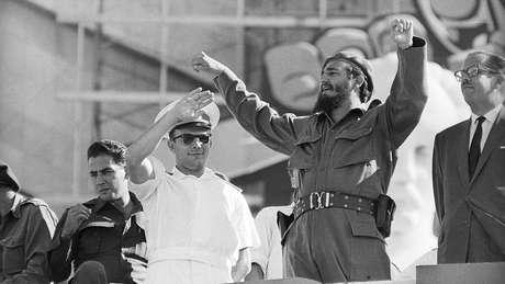 Em sua turnê pelas Américas, Gagarin esteve em Cuba e também no Brasil