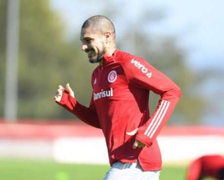 Guerrero segue sem marcar contra o principal rival colorado (Ricardo Duarte/Internacional)