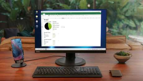 Motorola Edge+ recebe modo desktop com Ready For