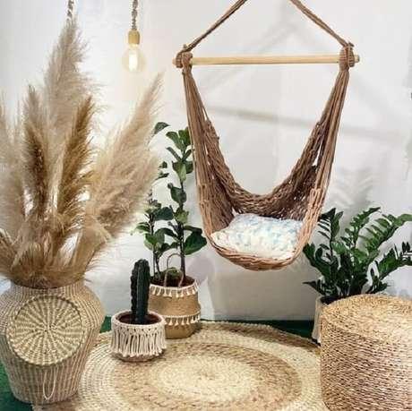 47. Utilize almofadas macias na rede cadeira. Fonte: Pinterest