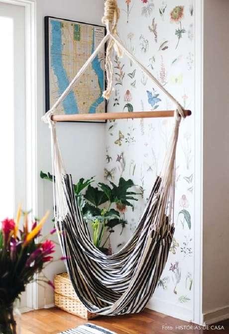 27. Decoração inspiradora com cadeira rede. Fonte: Histórias de Casa