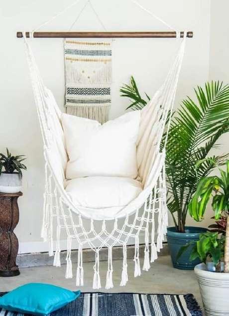 9. Reserve um espaço em casa e coloque uma confortável rede cadeira de balanço. Fonte: Pinterest