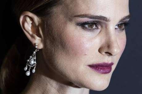 Natalie Portman também será produtora-executiva de novo filme inspirado em obra de Elena Ferrante