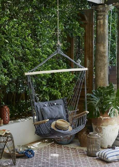 43. Quem gosta de conforto não abre mão da rede cadeira. Fonte: Pinterest