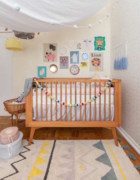 12. Quarto de bebe retrô com berço de pe de palito – Foto Mimoo Toys