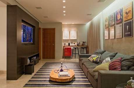 34. Modelos de tapetes para sala de TV com decoração moderna – Foto: Archilovers