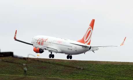 Boeing 737-800 operado pela Gol pousa no aeroporto de Congonhas (SP). 5/11/2018.  REUTERS/Paulo Whitaker