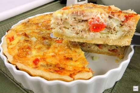 Guia da Cozinha - Lanche prático e saboroso com quiche de atum com queijo