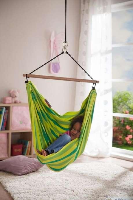 29. Decore o quarto das crianças com uma linda rede cadeira. Fonte: Pinterest