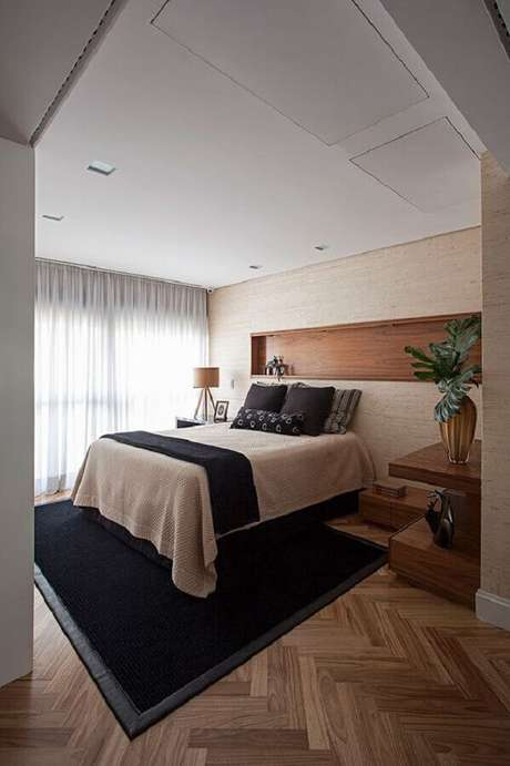 15. Modelo de tapete para quarto de casal decorado em cores neutras – Foto: Casa de Valentina