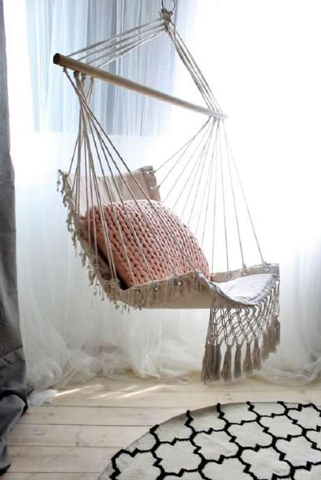 23. Cadeira de balanço rede feito em macramê. Fonte: Pinterest