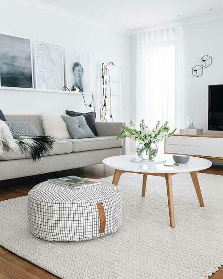 52. Modelos de tapete de crochê para decoração de sala de estar clean – Foto: Pinterest