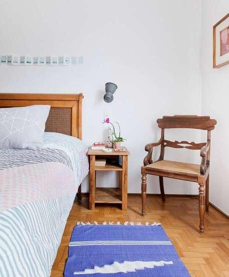 6. A passadeira é um modelo de tapete retangular que também é muito usado na decoração do quarto – Foto: Histórias de Casa