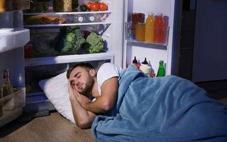 Sono perfeito: 7 alimentos que irão combater a insônia