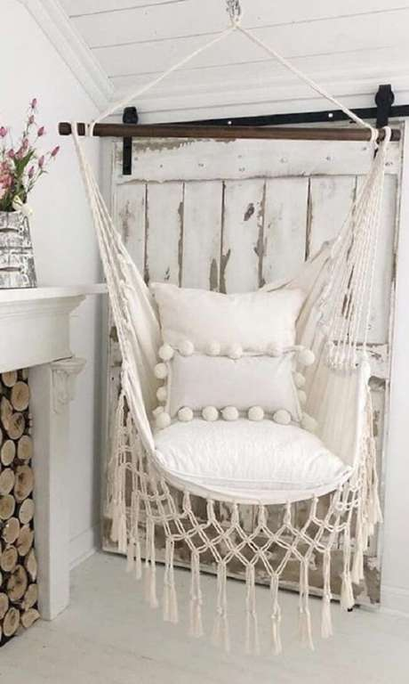 17. As almofadas deixam a cadeira de rede ainda mais confortável. Fonte: Etsy