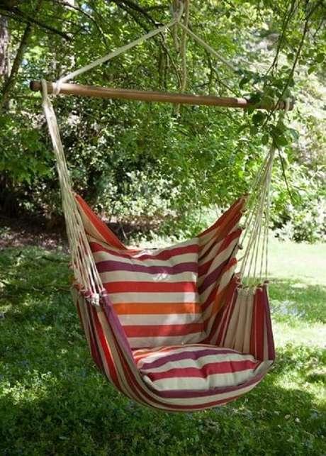 14. A rede cadeira pode ser fixada em uma galho firme de árvore. Fonte: Pinterest