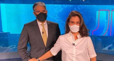 Os âncoras William Bonner e Renata Vasconcellos, do 'Jornal Nacional', informativo mais assistido da televisão brasileira, com cerca de 50 milhões de telespectadores todas as noites