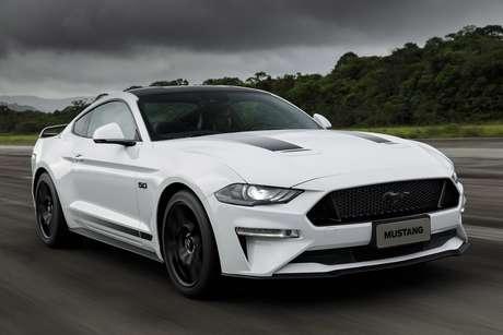 Ford Mustang: esportivo número 1 no mundo e número 2 no Brasil.