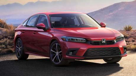 Novo Honda Civic 2022 traz linhas inspiradas no irmão maior Accord.