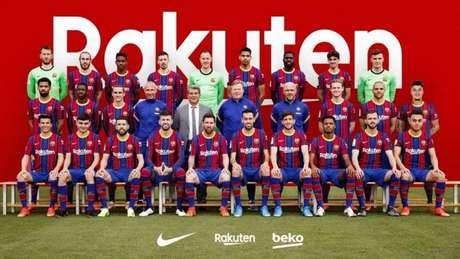 Barcelona divulgou imagem do elenco (Foto: Barcelona)