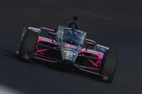 Helio Castroneves, três vezes vencedor da Indy 500, é uma das atrações em parte da temporada da Indy em 2021