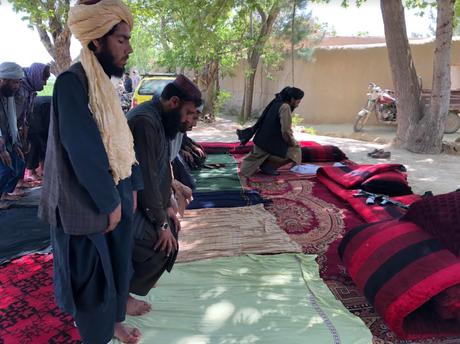 O Taleban quer governar o Afeganistão sob sua própria versão austera da Sharia, ou lei islâmica