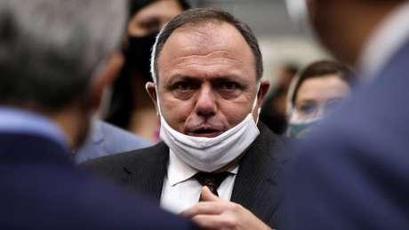 A Polícia Federal abriu inquérito para investigar se a conduta do então ministro Eduardo Pazuello contribuiu para aumentar o número de mortos pelo novo coronavírus em Manaus