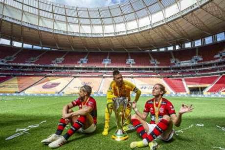 21: Fla tem nove jogos e um título (Foto: Marcelo Cortes/Flamengo)