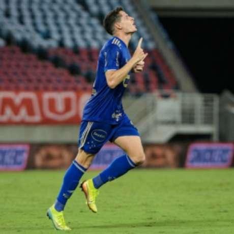 Matheus Barbosa fez o gol que classificou o Cruzeiro para a terceira fase da Copa do Brasil-(Gustavo Aleixo/Cruzeiro)