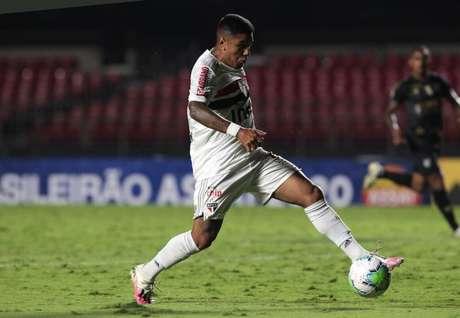 Galeano foi destaque na vitória do São Paulo sobre o Guarani (Foto: Rubens Chiri/saopaulofc.net)