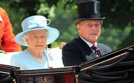 Rainha Elizabeth e Philip - Shutterstock