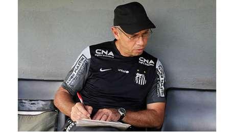 Ricardo Occhiuto é o novo supervisor da equipe sub-23 do Santos (Foto: Pedro Ernesto Guerra Azevedo/SantosFC)