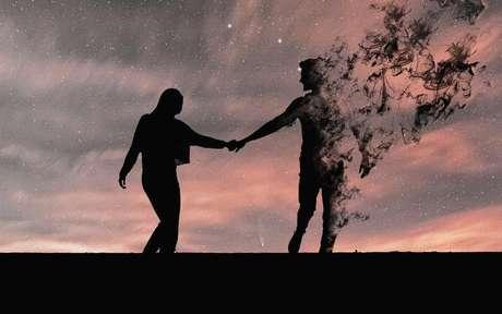 Por que terminar dói tanto? É possível esquecer um grande amor? - Shutterstock