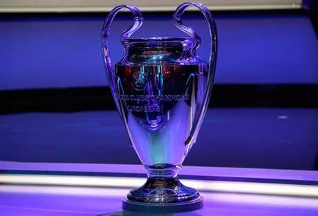 Manchester City, PSG, Real Madrid e Chelsea estão na briga pela Champions League (Foto: VALERY HACHE / AFP)
