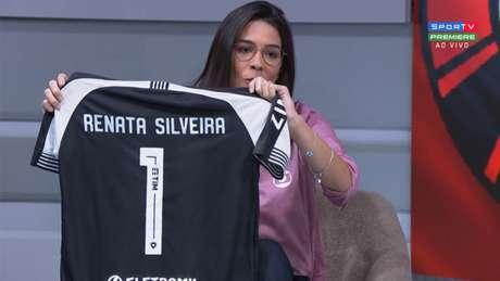 Há algumas semanas, Botafogo dava presente para narradora por estreia na Globo (Reprodução/SporTV)