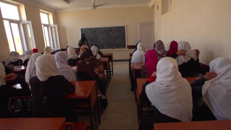 Alguns temem que as meninas não tenham acesso à educação se o Taleban assumir o poder novamente