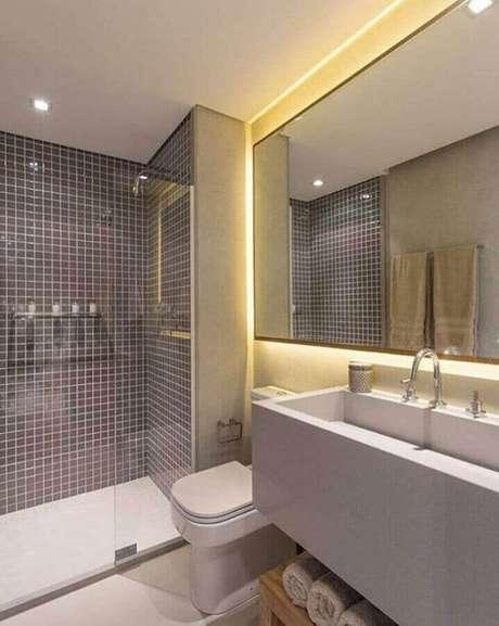 23. Decoração de banheiro com revestimento cinza – Foto: Sesso & Dalanezi Arquitetura